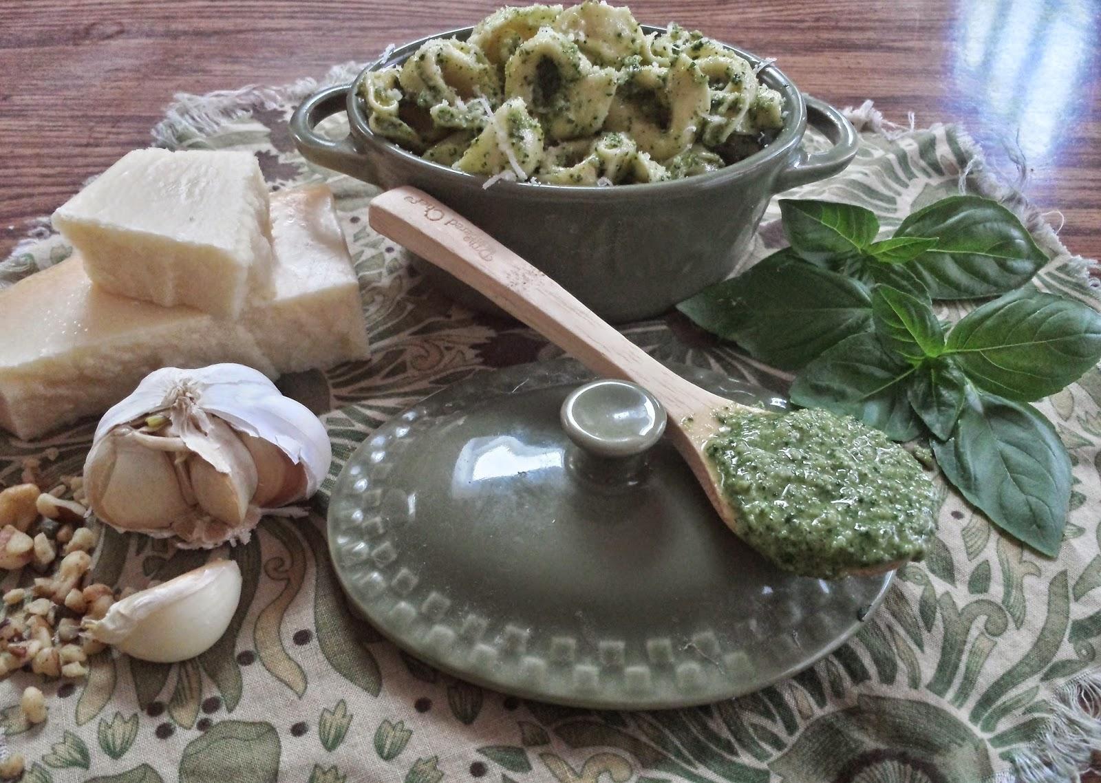 how to make pesto spread