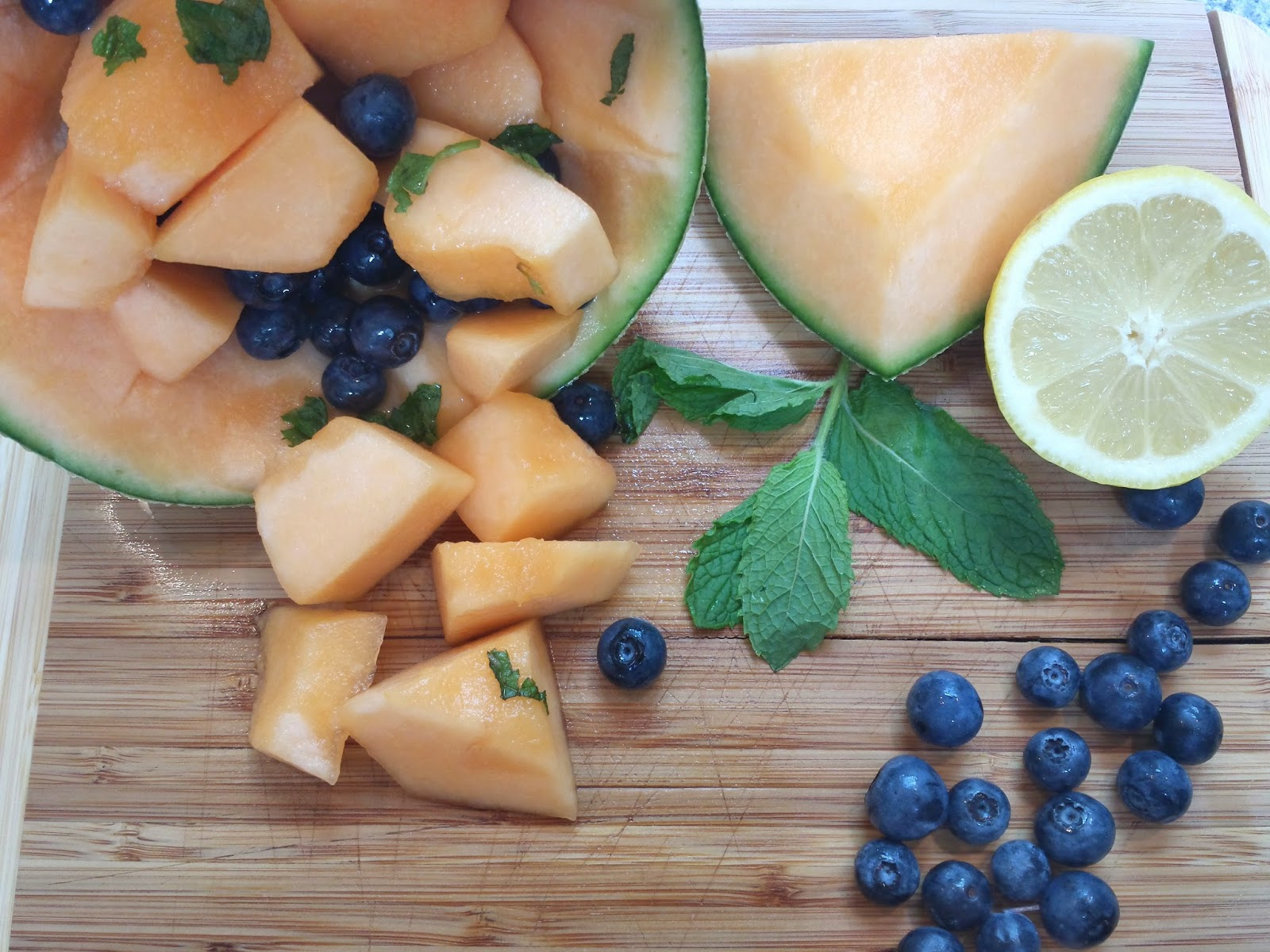 cantaloupe blueberry fruit cup