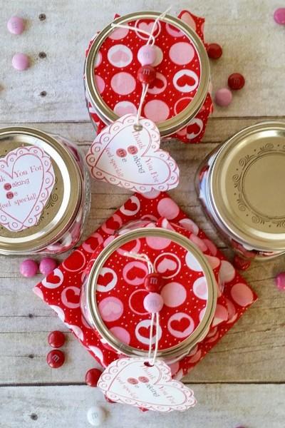 Valentine's Day M&M Mason Jar Gift