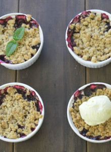 Peach Blueberry Oatmeal Crisp