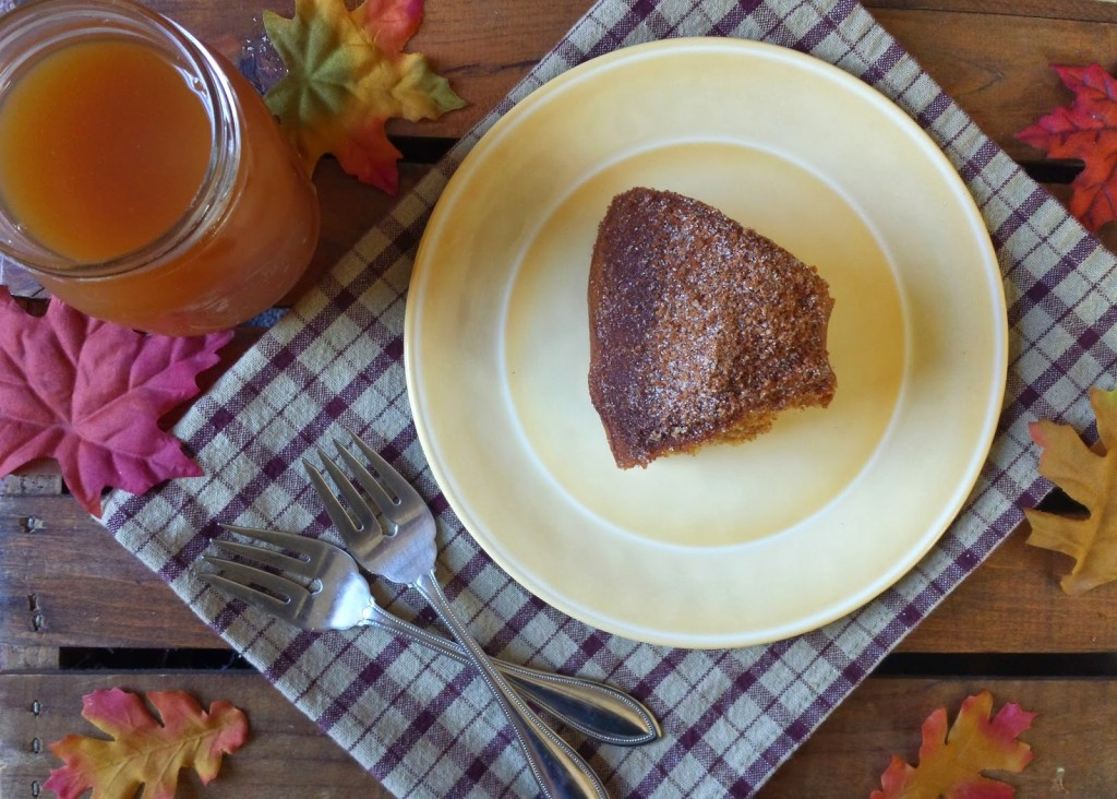 This apple cider doughnut cake is packed with sweetness, made with ...