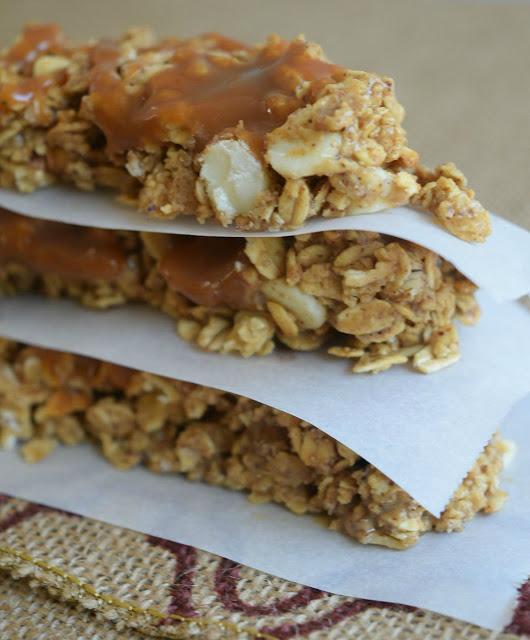 salted caramel apple bars