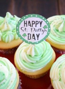 St. Patrick's Day Cupcake + Printable Cupcake Topper