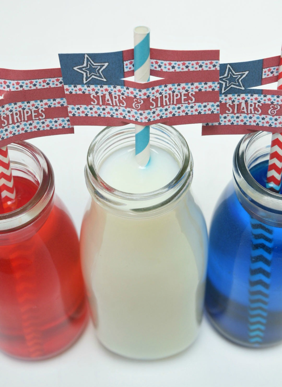 Jazz up your straws with these straw toppers
