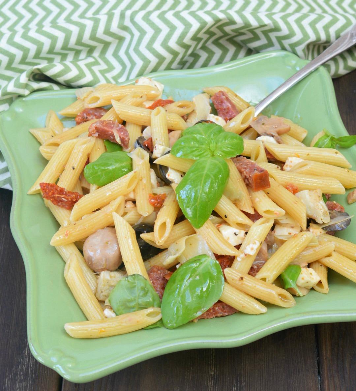 antipasto pasta salad {yum}
