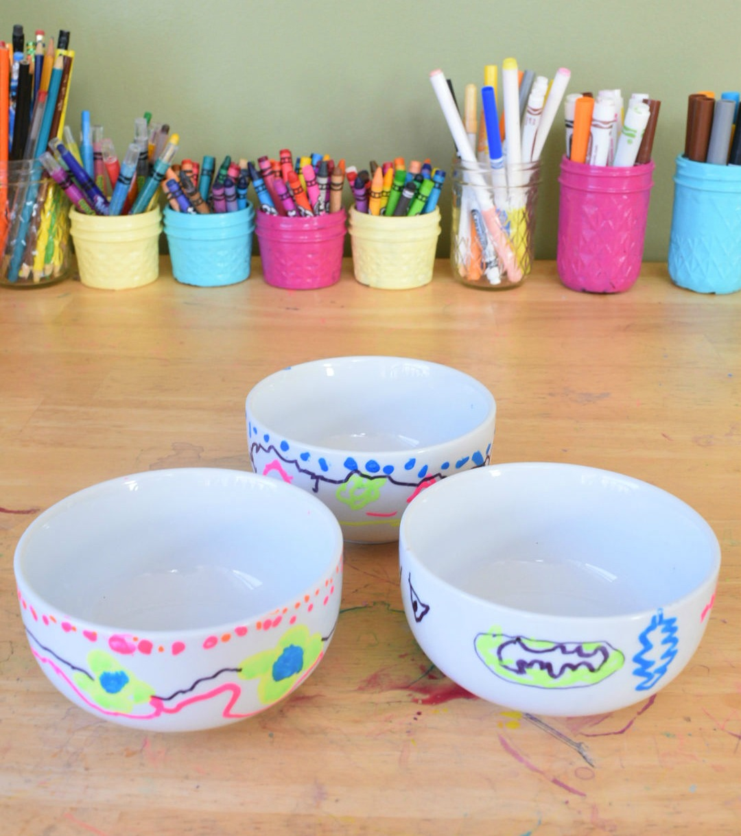 finished diy painted bowls